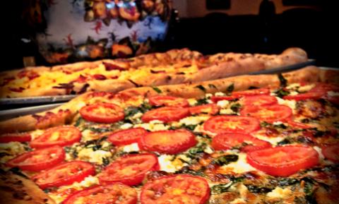 Casa Serrento Pizzeria - Salinas