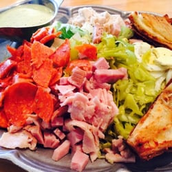 Elli\'s Great American-Restaurant Chef Salad- Salinas
