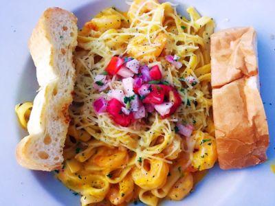 Salinas Golden Fish Seafood Restaurant