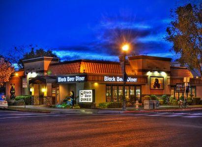 Black-bear-diner Salinas