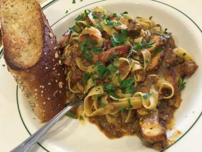 Jambalaya-full-of-chicken-Elli\'s Great American Restaurant-Salinas